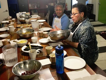 Senior Cooking1_Fulani